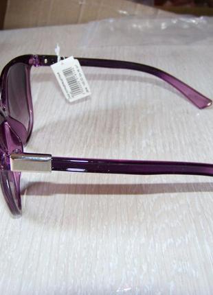 Фиолетовые солнцезащитные очки-стрекозы с дымчатой линзой с легким градиентом3 фото