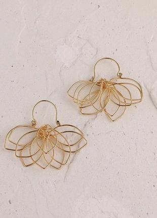 Стильные золотые сережки3 фото