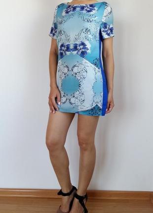 Оригинальное платье прямого кроя