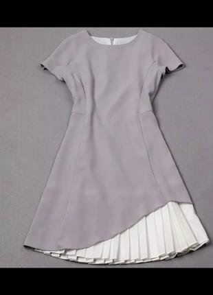 Очень красивое летнее платье серого цвета