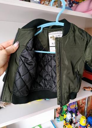 Куртка бомбер next на мальчика 3-6 мес2 фото