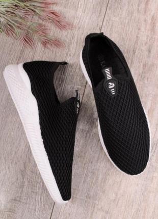 Черные летние кроссовки в сеточку кеды мокасины без шнуровки1 фото