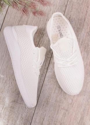 Белые кроссовки кеды мокасины в сеточку летние