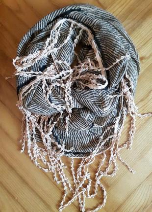 Оригинальный большой шарф снуд от pieces!
