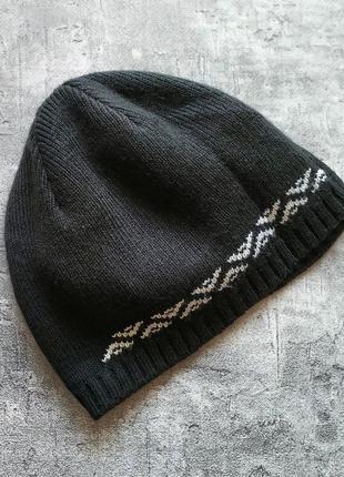 Черная мужская деми шапка