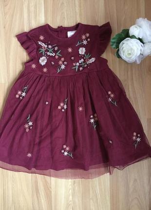 Фирменное нарядное платье f&f малышке 1,5-2 года состояние нового.