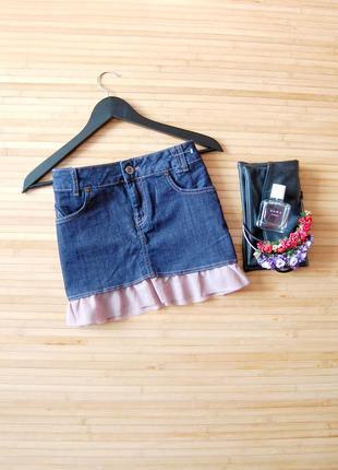 Sale! джинсовая юбка bershka с пудровым воланом