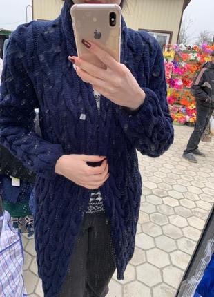 Темно-синий вязаный кардиган