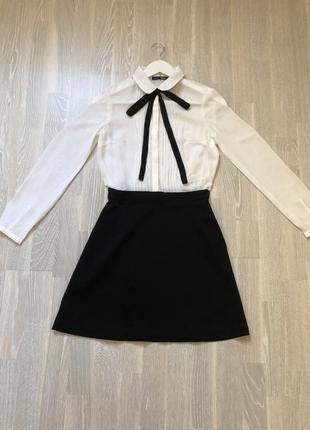 Новое платье форма летнее чёрное белое  befree