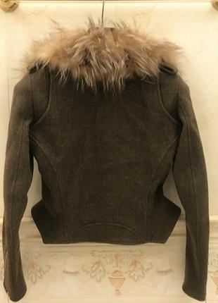 Куртка fendi. оригинал2 фото