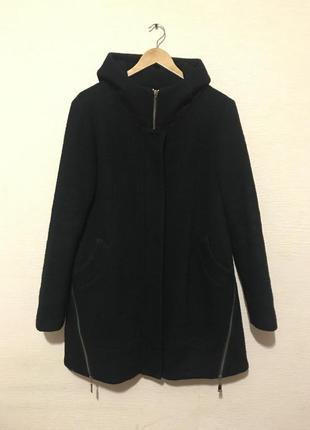 Стильное демисезонное пальто с натуральным составом кашемир/шерсть