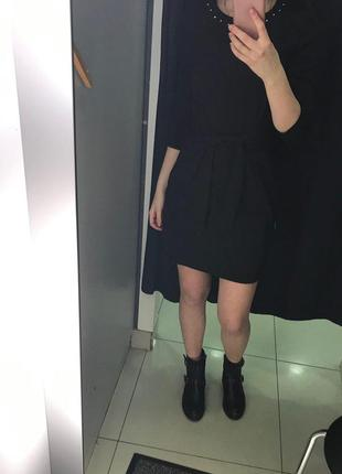 Черное платье c поясом2 фото