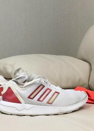 Спортивные оригинальные кроссовки adidas, 35-36 рр