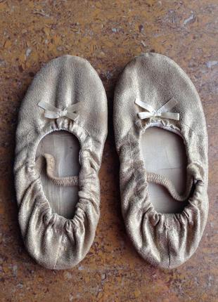Взуття для танців чешки