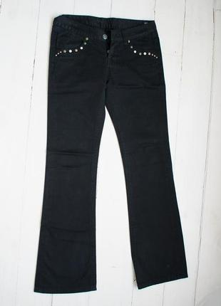 Чорні штани, s