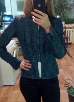 Джинсовый темно-синий пиджак жакет куртка топ от only с длинным рукавом eur36