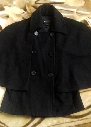 Оригинальное и стильное коротенькое пальто-кейп от mango в составе шерсть2 фото