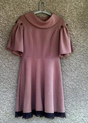 Платье-миди с рукавчиками-колокольчиками
