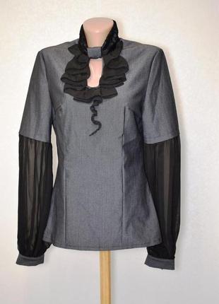 Необычная нарядная блуза жабо размер м