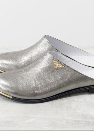 Кожаные стильные мюли серебро