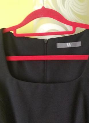 Чёрное базовое платье от w3