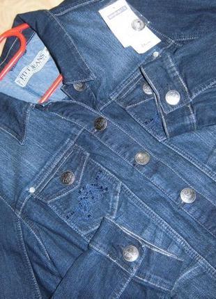 Суперовый джинсовый пиджак!!2 фото