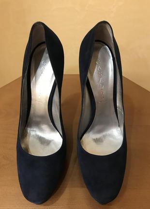 Туфли casadei. оригинал