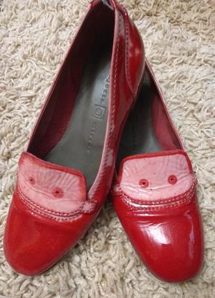 Кожаные лакированые женские туфли-балетки vero cuoio. италия!