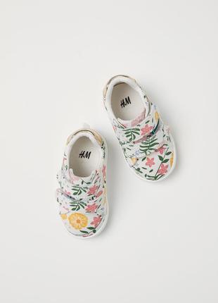 Кроссовки на малышку от h&m 18-19 размер2 фото