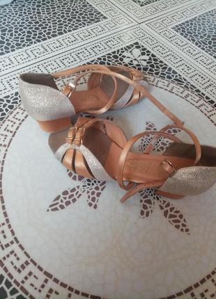 Туфли для танцев 35 размер