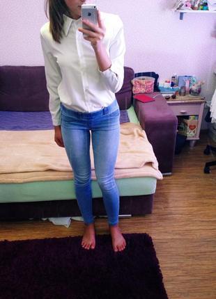 Светлые джинсы от mango2
