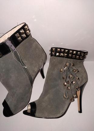 Стильнючі черевички з відкритим пальчиком