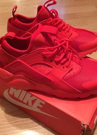 Nike красные кроссовки женские оригинал вьетнам
