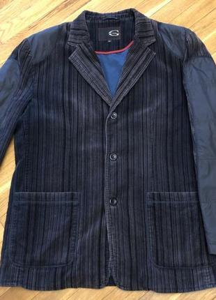 Очень красивый и необычный  вельветовый пиджак - куртка. весна, осень.