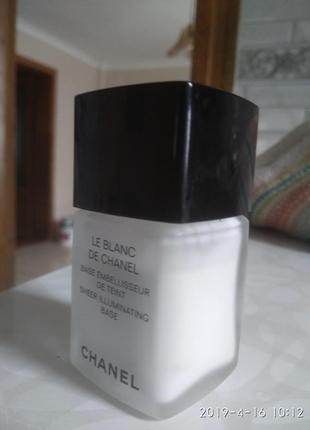 Chanel oснова база для макіяжу.