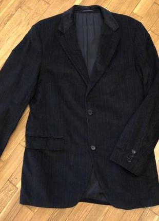 Красивый вельветовый пиджак. италия.
