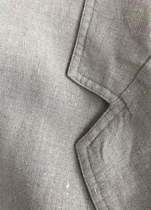 Очень актуальный, стильный  пиджак на теплую весну, лето conwell
