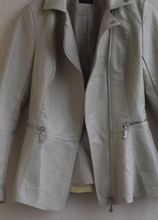 Куртка кожаная косуха с баской из кожзама