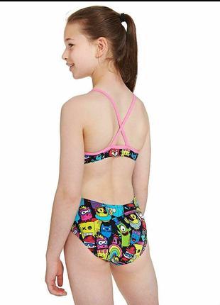 Слитный купальник в мултяшный принт на девочку 6-7лет
