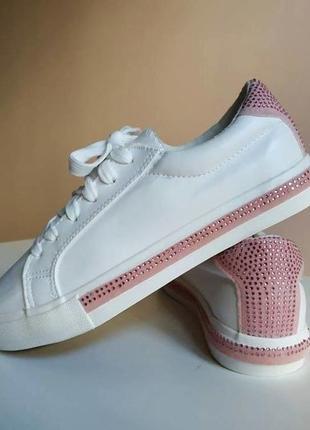 Стильные кроссовки кеды1