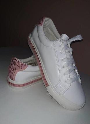 Стильные кроссовки кеды3
