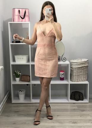 Красивое платье prettylittlething1