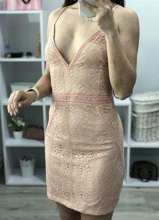 Красивое платье prettylittlething3