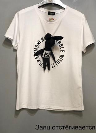 Брендовая футболка с брошью заяц.3