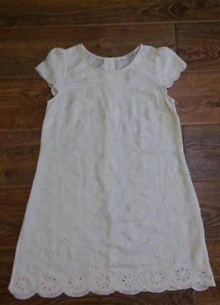 Платье свободного кроя с отделкой1
