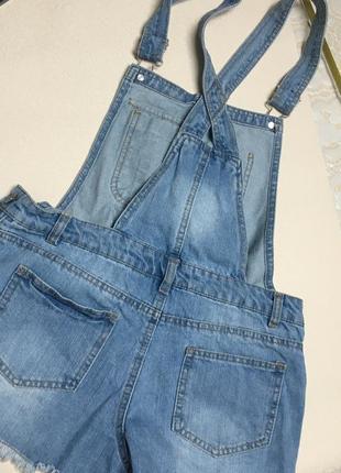 Дитячий джинсовий комбінезон