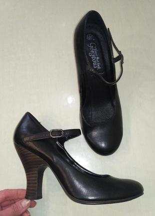 Gorgeous. натуральная кожа! удобные туфельки на устойчивом каблуке