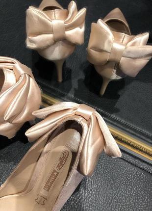 Вечерние туфли на высоком каблуке  от buffalo london6