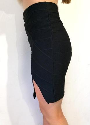 Модная чёрная бандажная юбка завышенная талия, разрез, 34/367 фото
