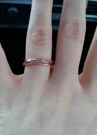 Позолоченное кольцо плетение стразы размеры в наличии: 15,5 и 17,5